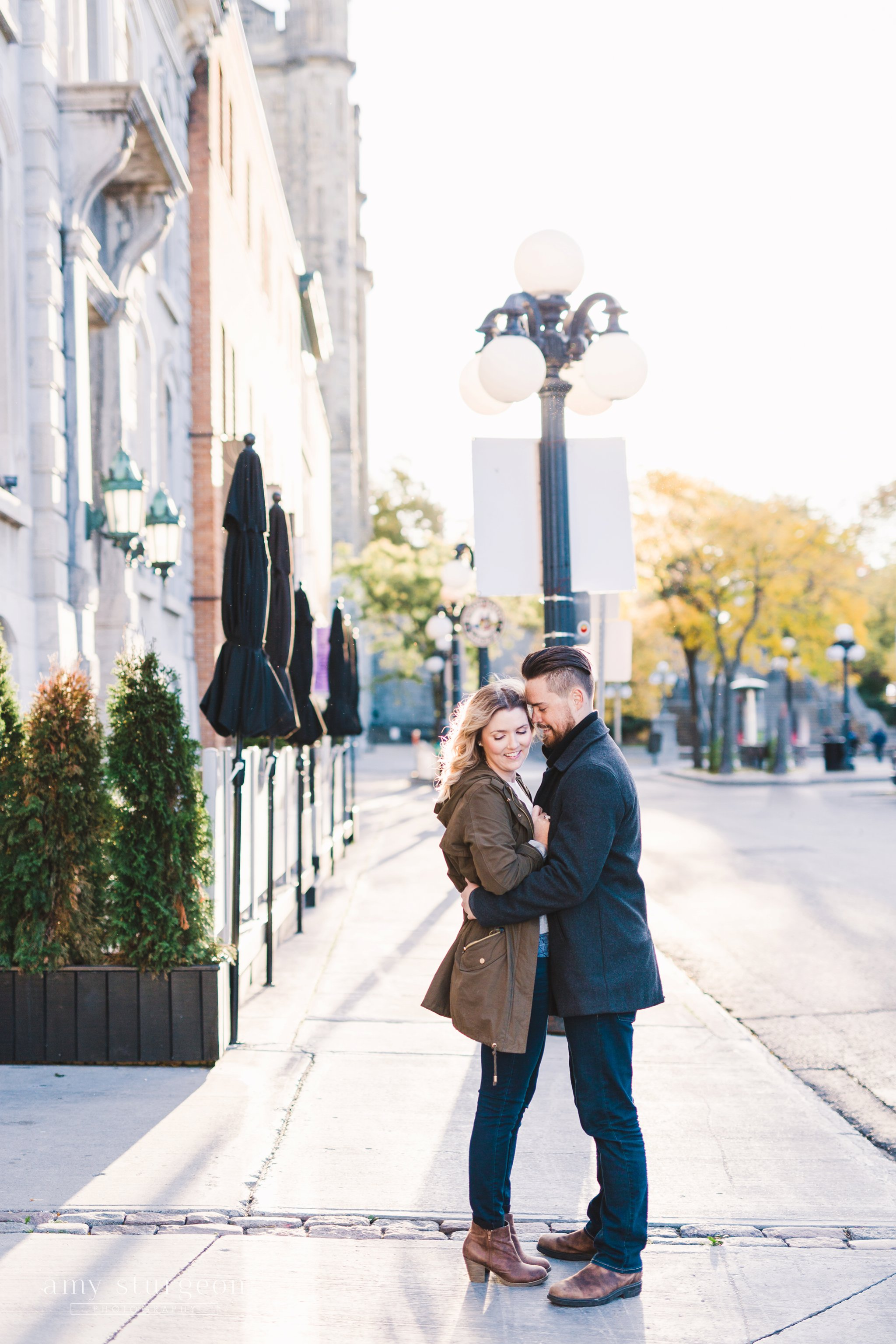 Restaurant 18 and a fall byward market engagement session in Downtown ottawa