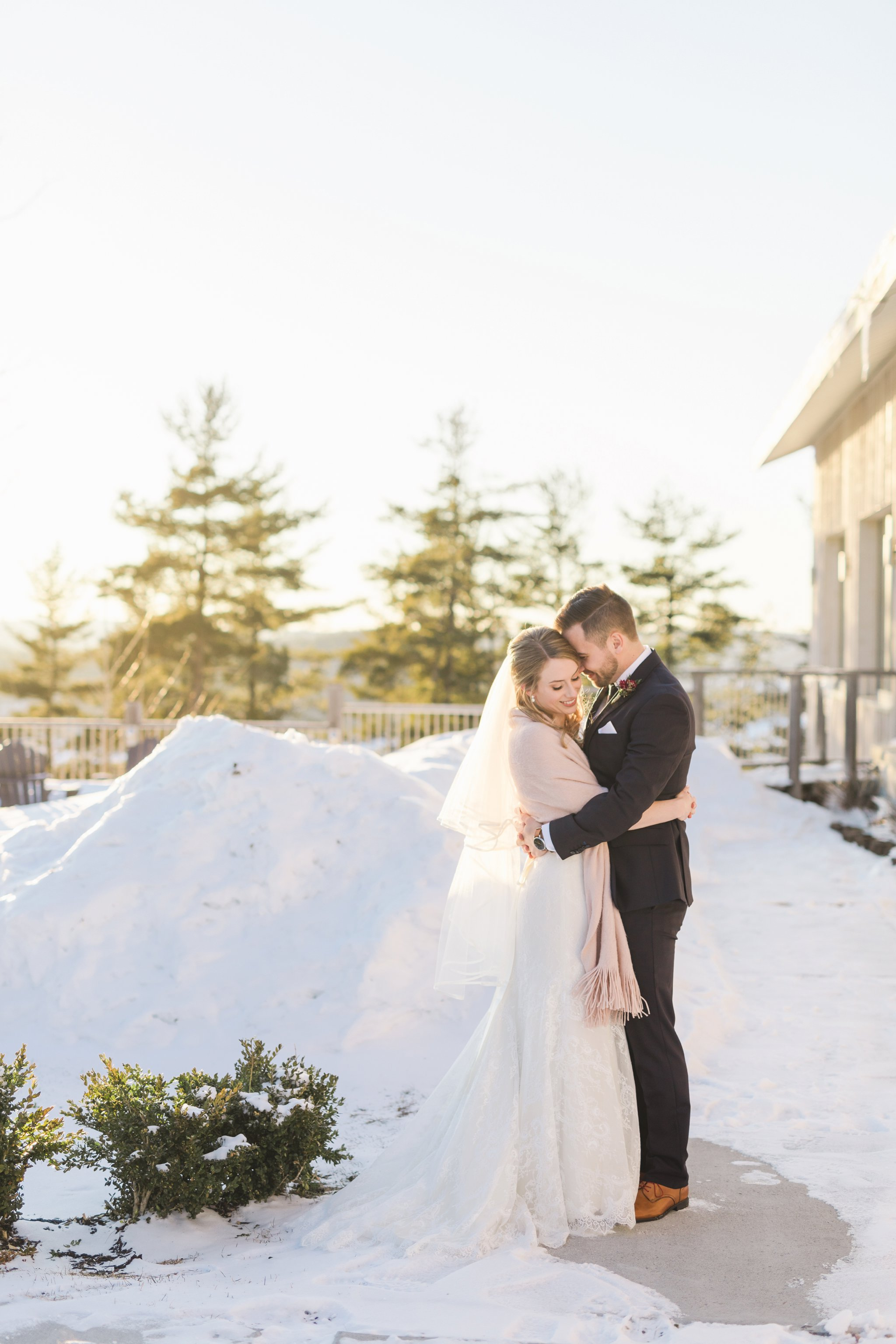 Golden hour portraits at the Winter wedding at Le Belvedere