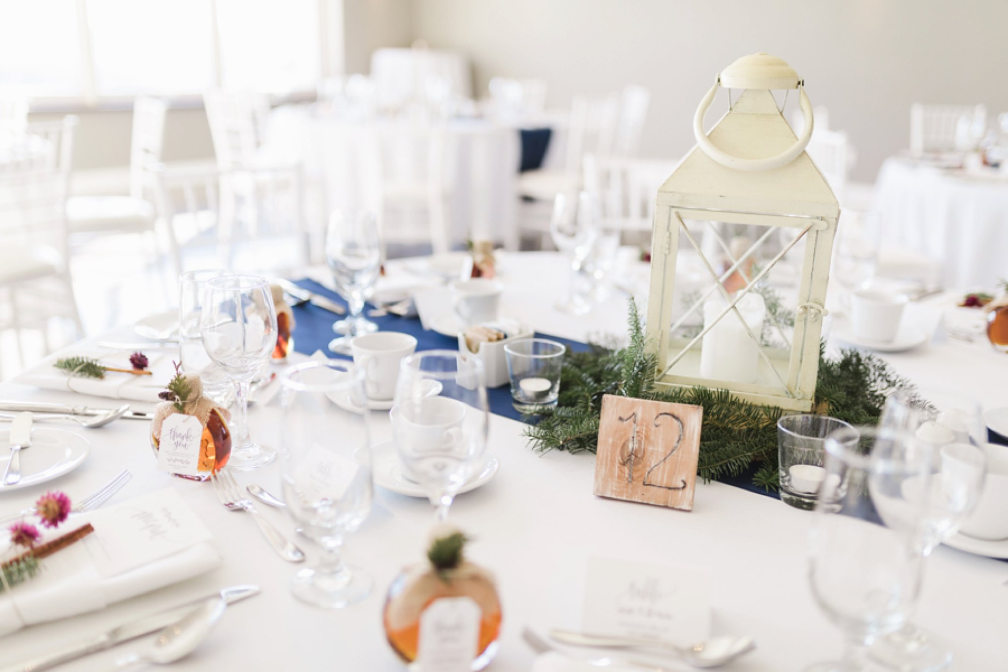 Lanterns and navy accents at the Winter wedding at Le Belvedere