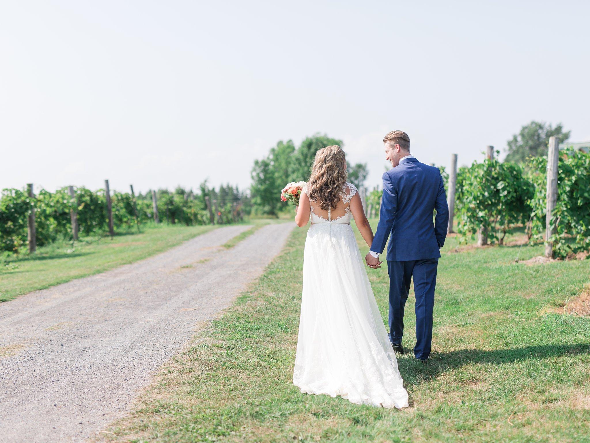 Touring Vineyard wedding at Jabulani Amy Pinder Photography