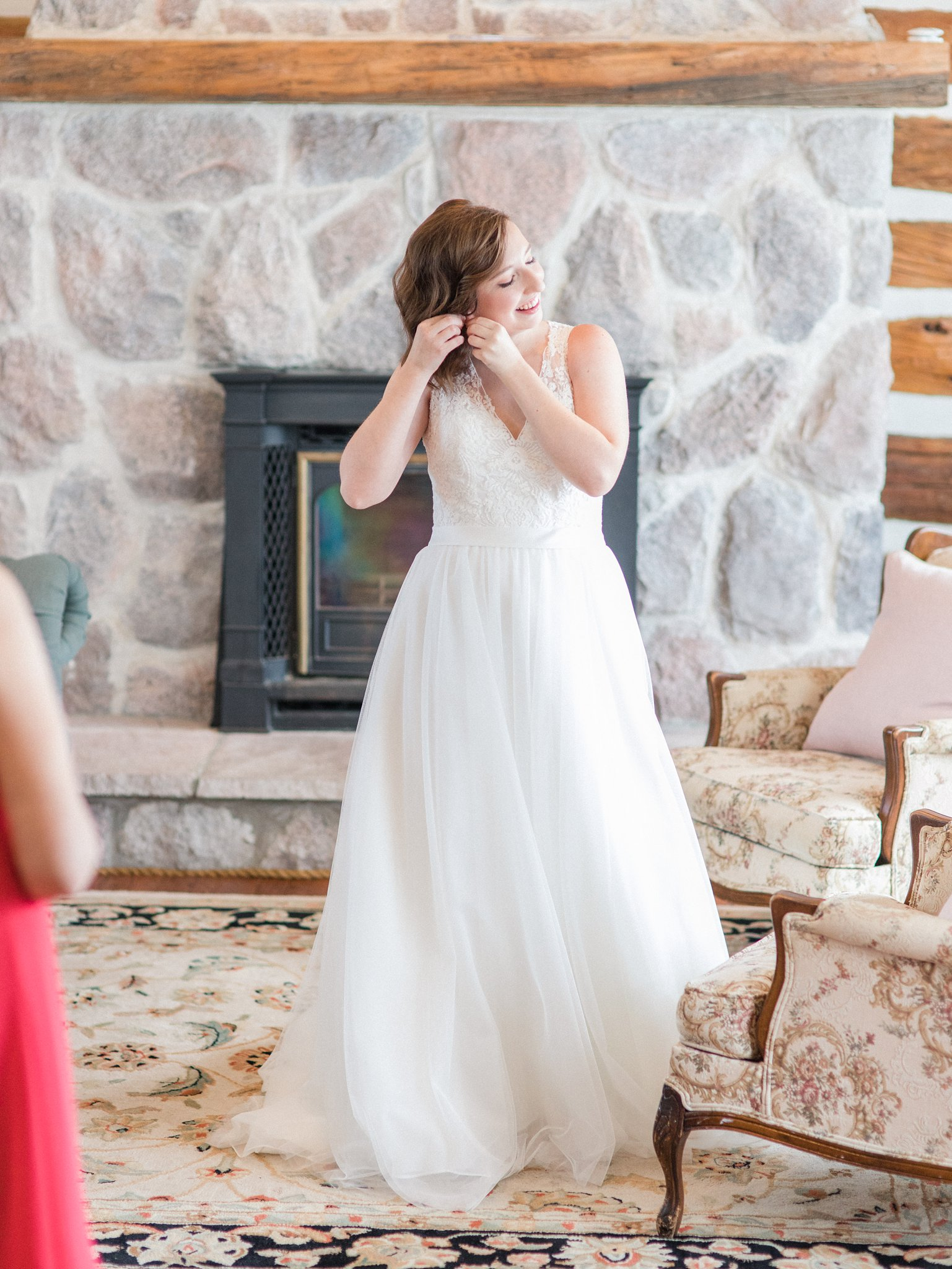 Sarah Walsh Bridal earrings Dog-friendly wedding venue Ottawa Stonefields Amy Pinder Photography