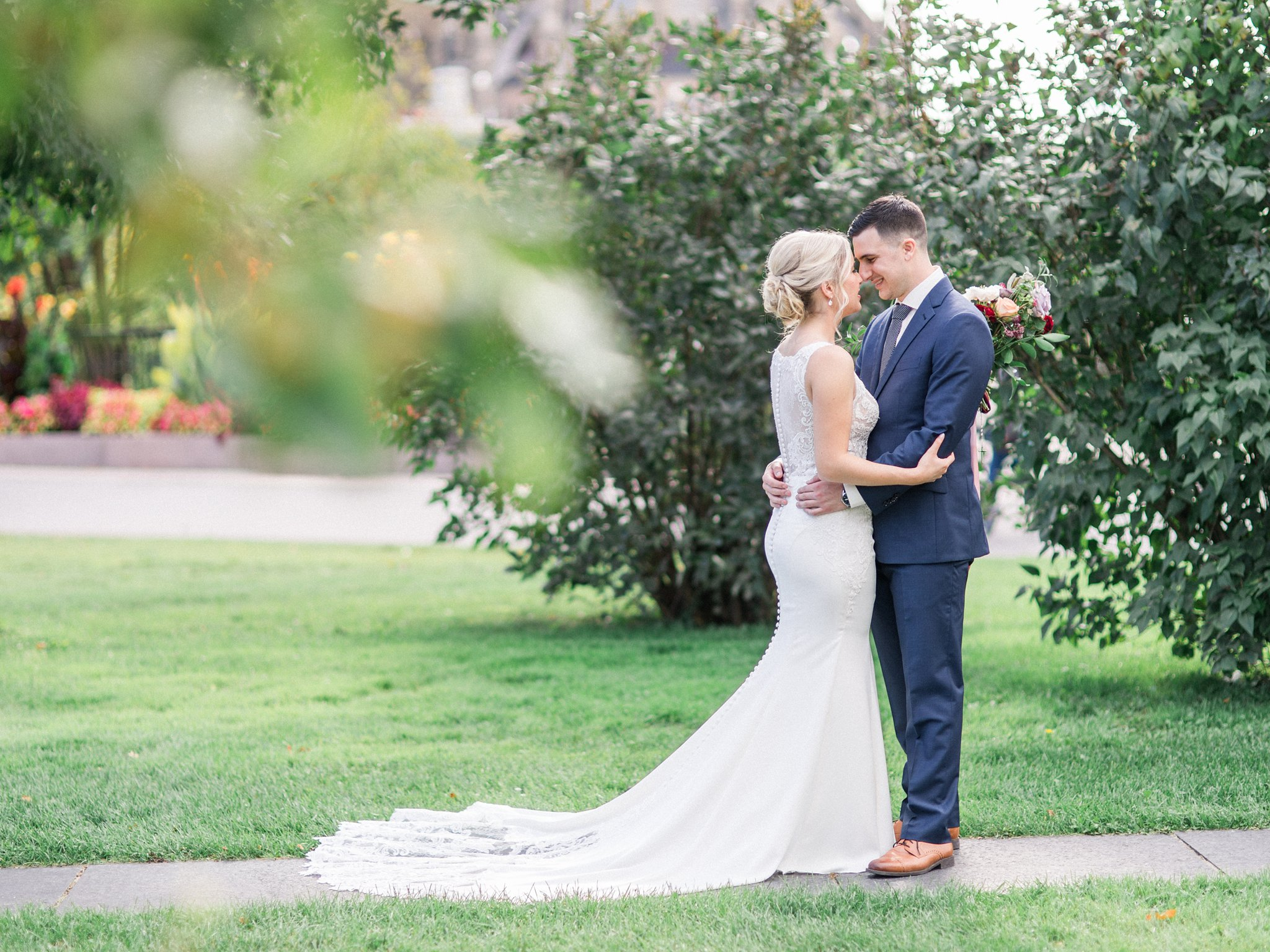 Bride and gorom Ottawa restaurant wedding at Sidedoor Restaurant
