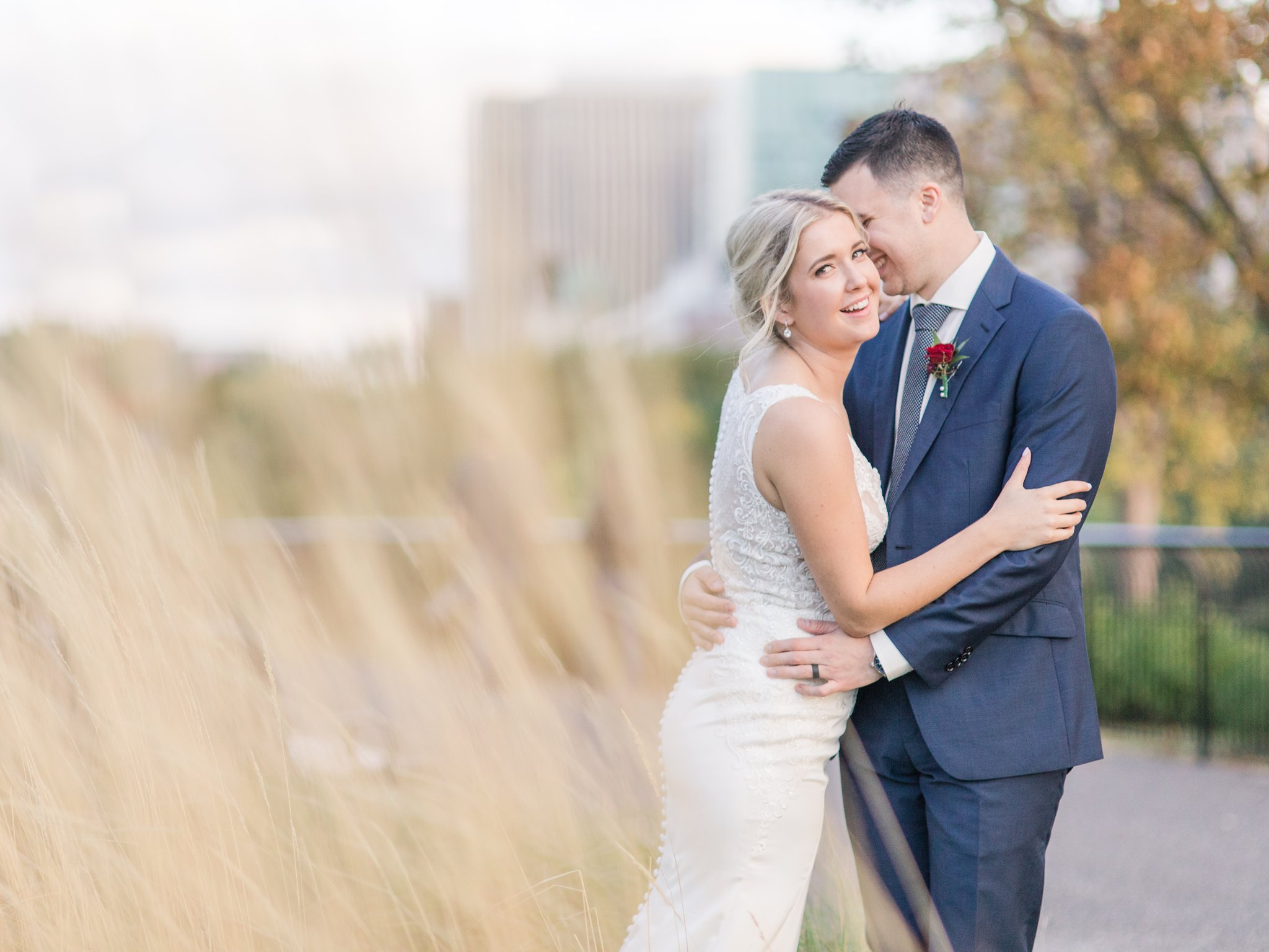 Sunset photos in Major's Hill Ottawa restaurant wedding at Sidedoor Restaurant