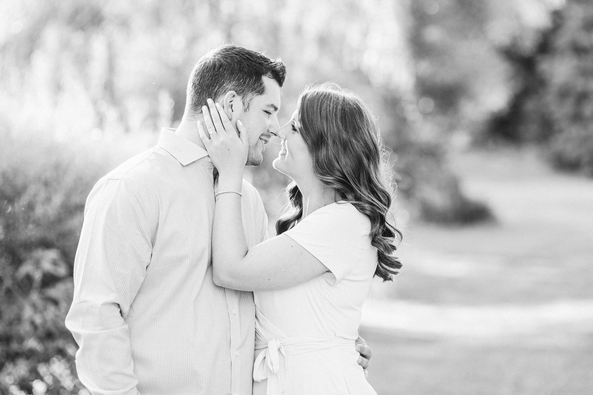 kiss, Fletcher's Wildlife Garden Engagement photos