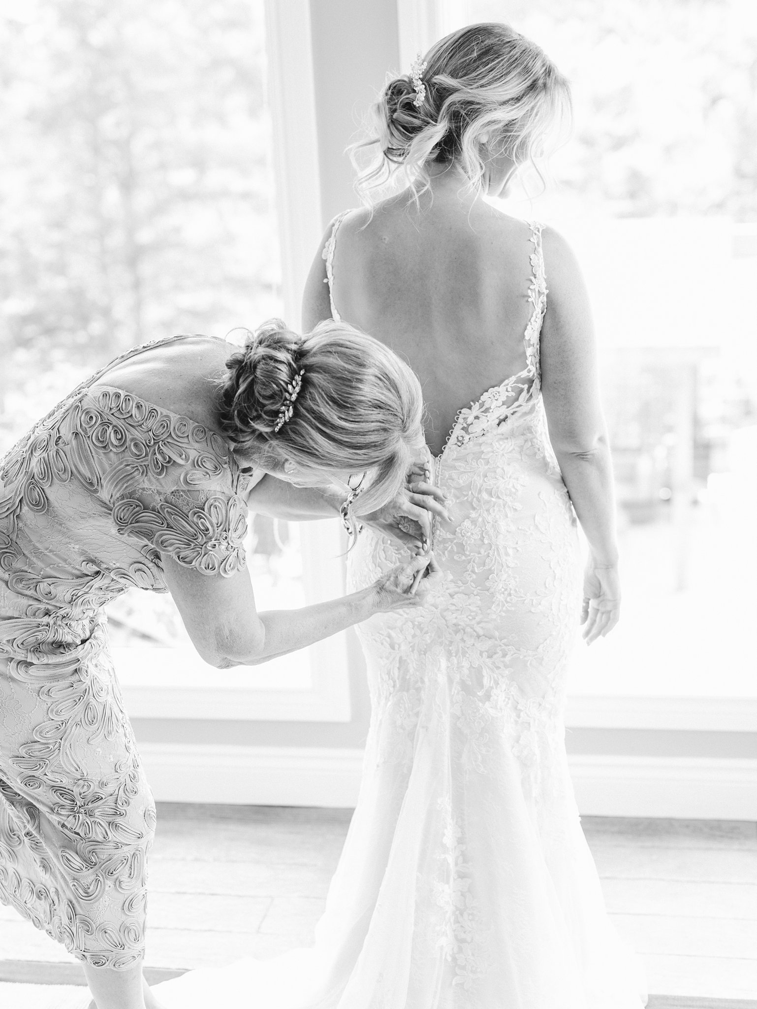 Bride prep, getting ready, black and white, mother of bride, Private Estate Wedding Photos, Amy Pinder Photography