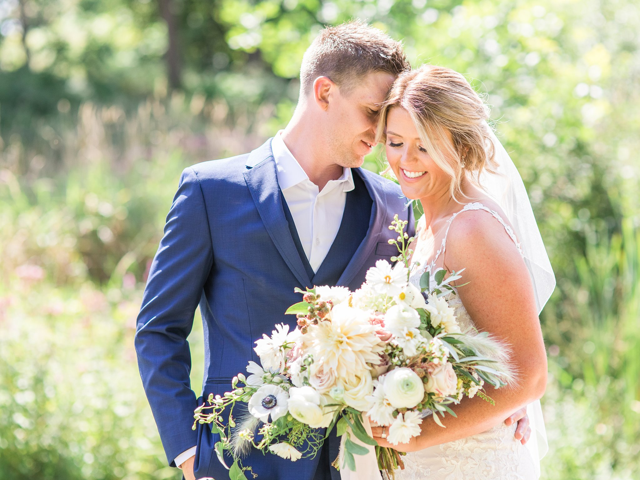 Bright, bride and groom, outdoor portraits, noon, Private Estate Wedding Photos, Amy Pinder Photography