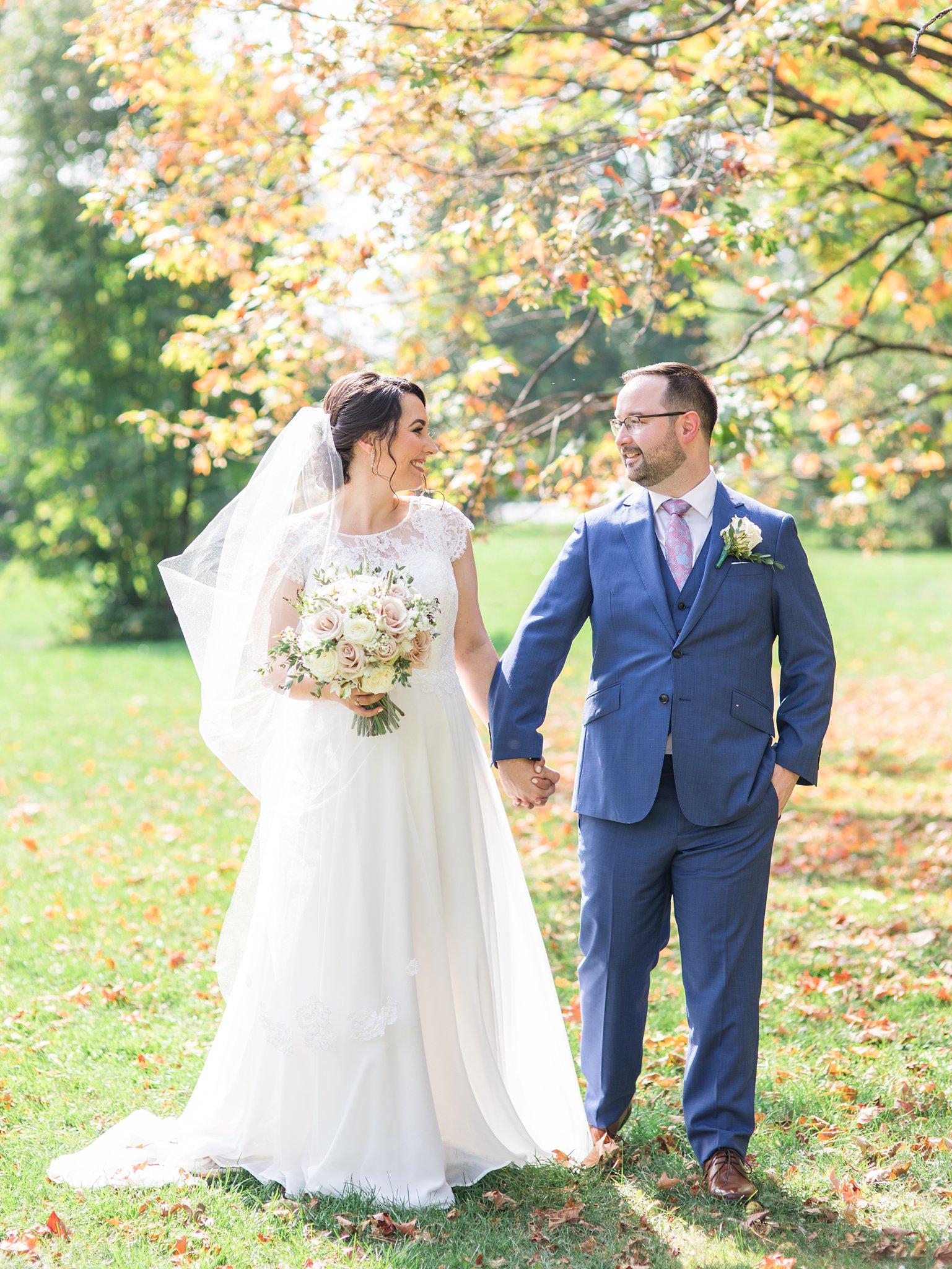 Fall leaves, September wedding, Britannia Yacht Club Wedding Photos, Amy Pinder Photography