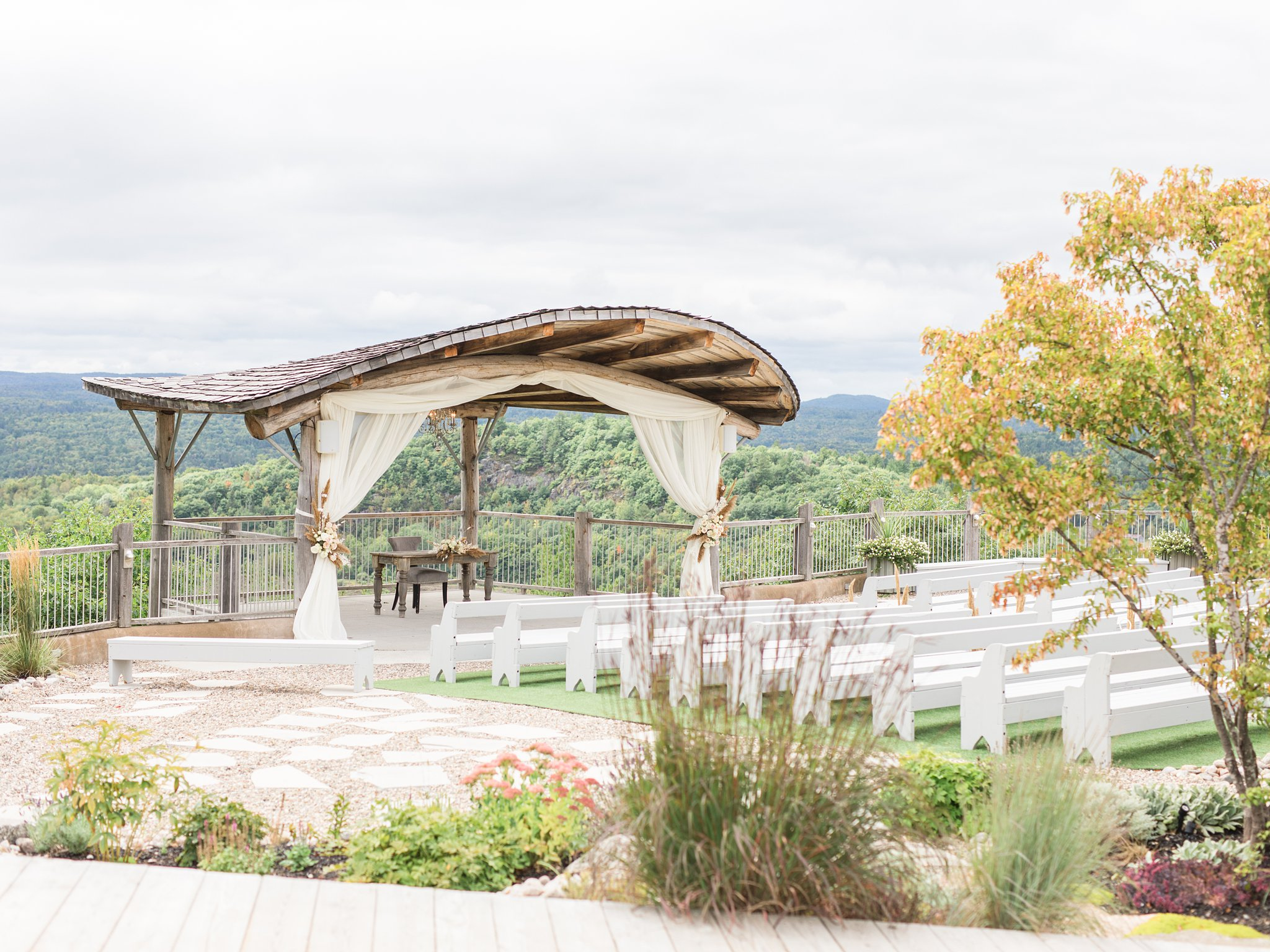 Fall Wakefield wedding photos, Le Belvedere