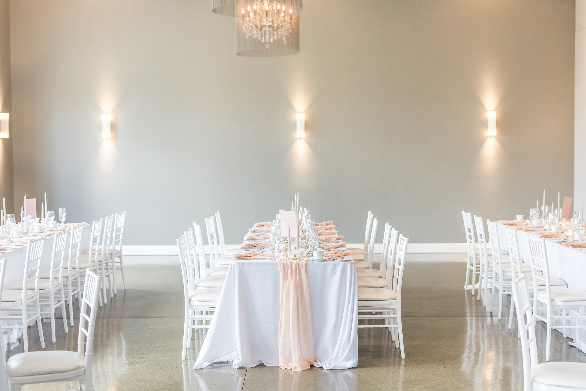 Pink reception decor, muted colours, Wakefield wedding photos, Le Belvedere
